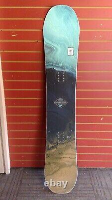 2019/20 Used Wms Never Summer Infinity Snowboard, 145 cm