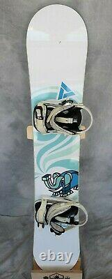 Academy Serenity Snowboard Size 145 CM Medium Fly Girl Bindings