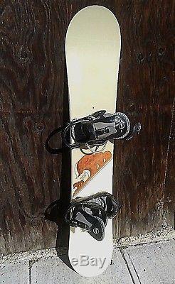 BURTON Feelgood 149cm Twin-Tip All-Mountain Snowboard withBurton Bindings VERY NIC