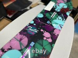 Brand New! Ladies Burton Genie Est Snowboard Size 138cm NEW ROCKER -Display