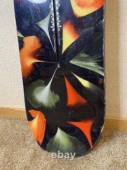 Burton Deja Vu Flying V Women's Snowboard 2018 Size 152cm