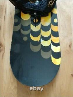 Burton Feelgood V-Rocker 144 cm Snowboard with Lexa Bindings