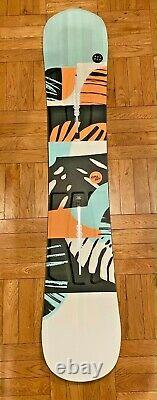 Burton Hideaway 148 Women's Snowboard. Never used, bought the wrong size /