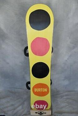 Burton Social Channel Twintip Snowboard Size 142 CM Medium Burton Bindings