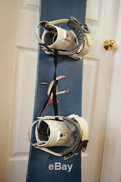 Chorus Women Snowboard Size 146 CM With Medium Roxy Bindings