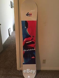 Gnu Gloss Snowboard 2018 148cm Brand New