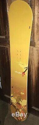 Great Condition K2 Skyla 147 cm Womens All Mountain snowboard Yellow