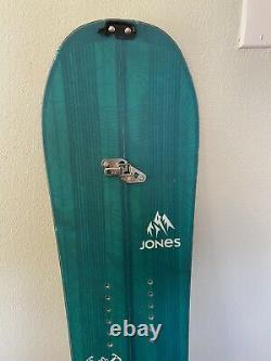 Jones Solution Splitboard 152 with skins (womens)