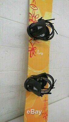 K2 Luna 143cm Twin-Tip All-Mountain Women's Snowboard withAtlantis Bindings GREAT