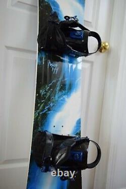 Ltd Mist Snowboard Size 144 CM With Snowjam Medium Binding