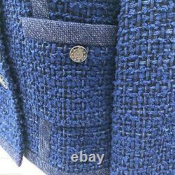 MINT GENUINE CHANEL JACKET size 38 PRINTEMPS 2013 BLUE TWEED WEAR ALL YEAR