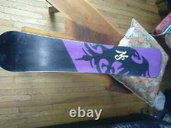 Never Summer Woman's Infinity 149 Snowboard