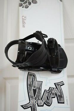 New Flow Elation Snowboard Size 153 CM With Firefly Large Bindings