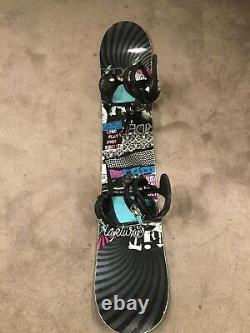 Womens RIDE Rapture 147 cm Snowboard with RIDE DVA Bindings Ladies Girls